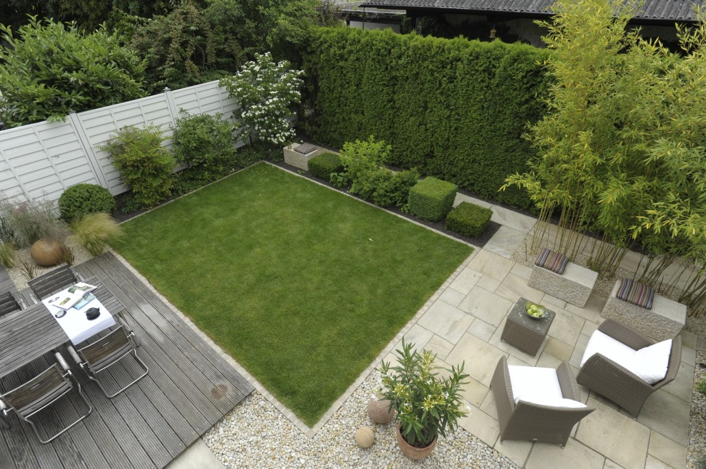 Kleine g rten frank dahl gartenkontor for Gartengestaltung kleine garten sichtschutz