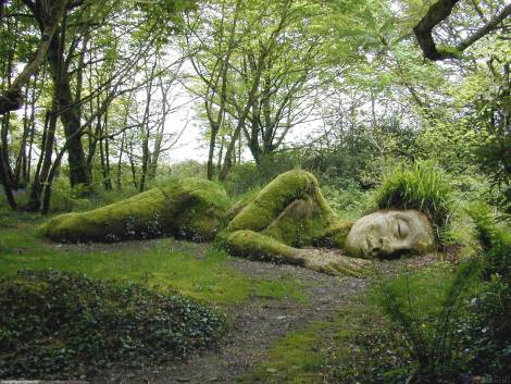 sleeping-goddess-at-the-lost-gardens-of-heligan-england-picture